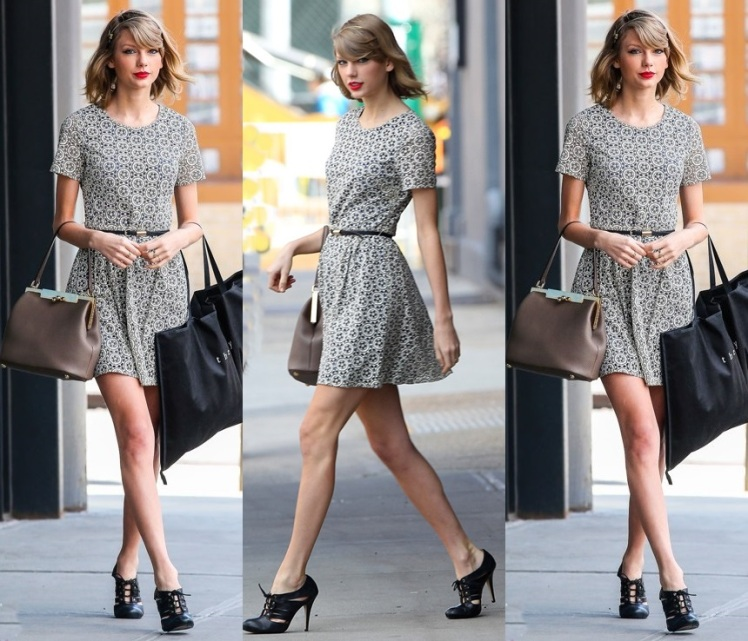 Taylor Swift Out Shopping In New York City